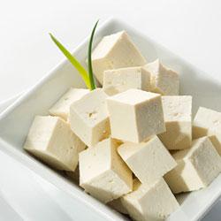 пикантна салата със стевия-тофу