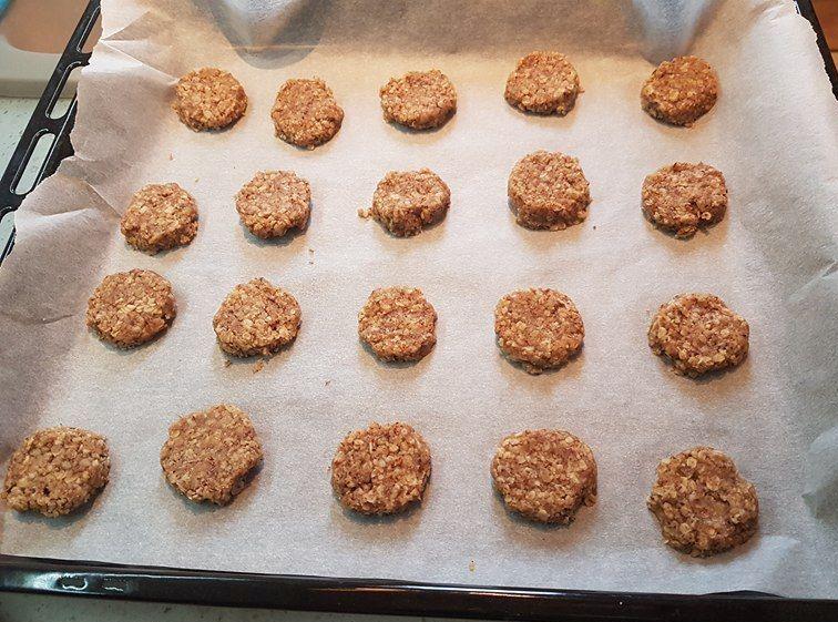 коледни ореховки със стевия-печене